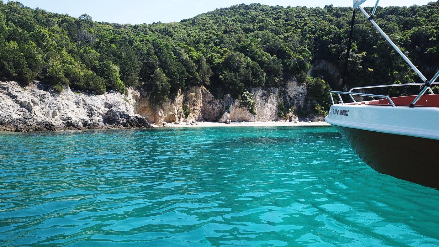 Ionion Luxury Boat Rentals Sivota Varka Enoikiasi 00001