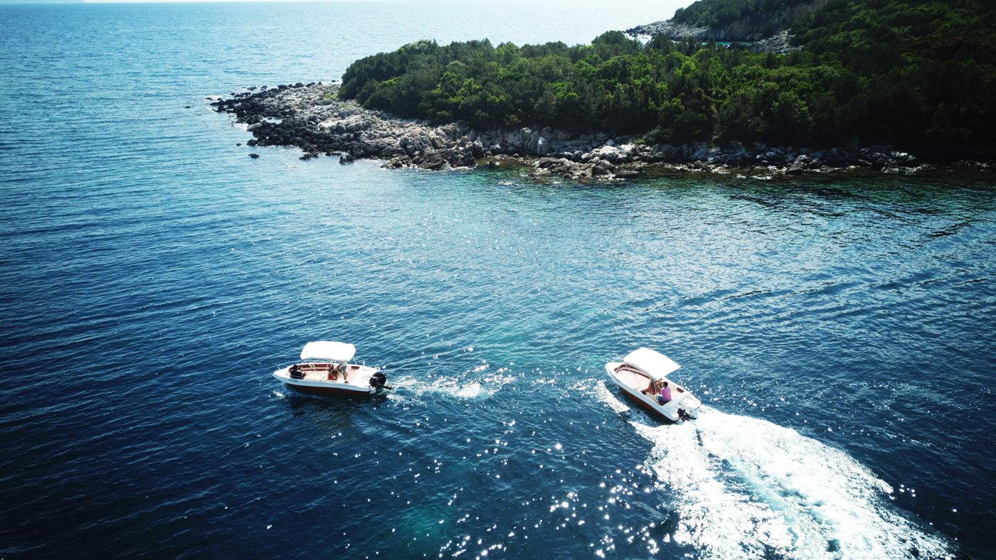 Ionion Luxury Boat Rentals Sivota Varka Enoikiasi 00003