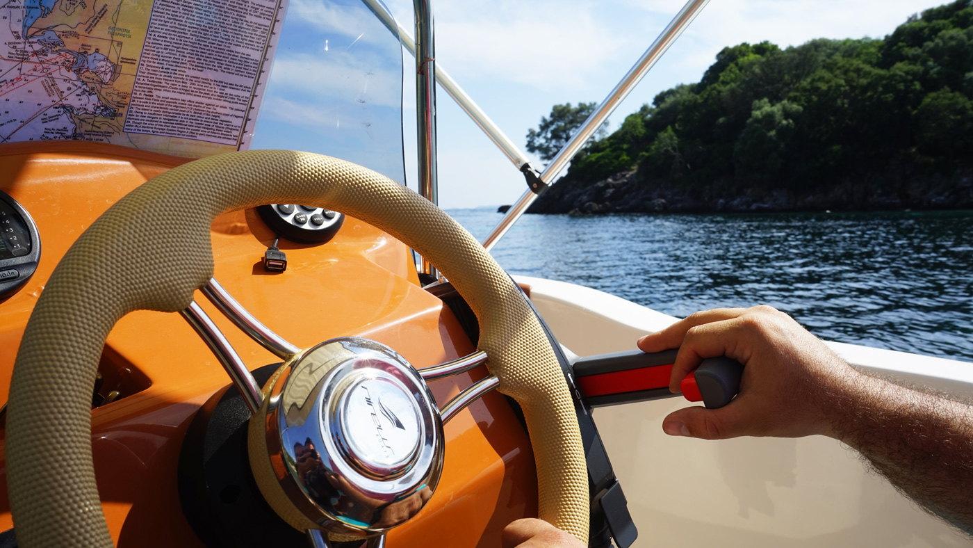 Ionion Luxury Boat Rentals Sivota Varka Enoikiasi 00016