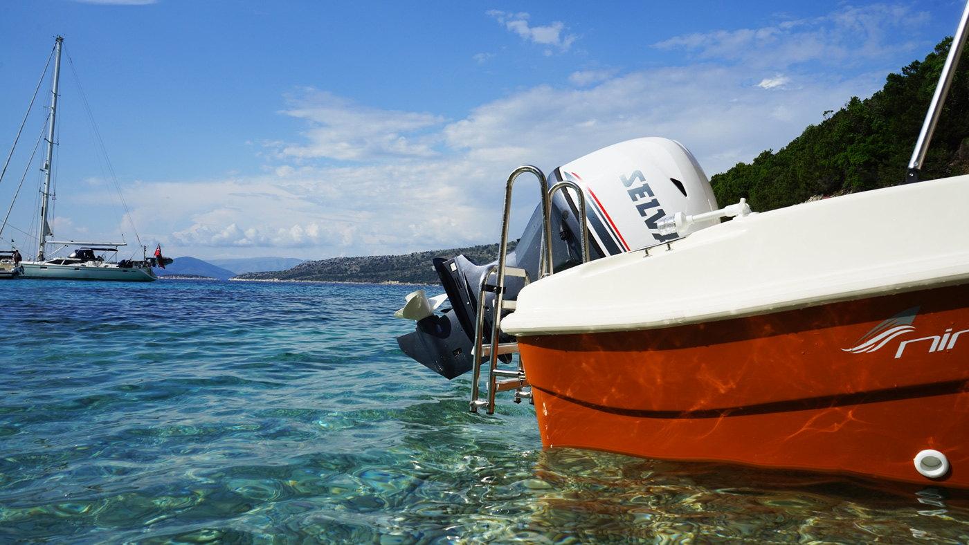 Ionion Luxury Boat Rentals Sivota Varka Enoikiasi 00020